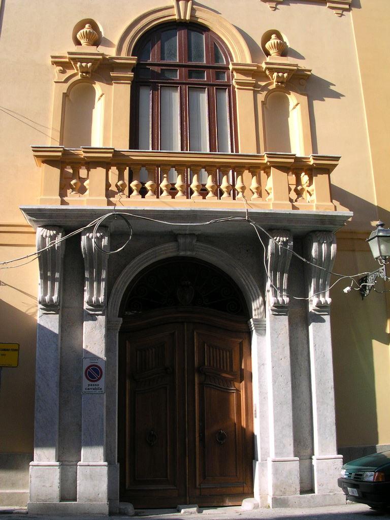 Palazzo Alessandro Ferro - Portone